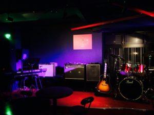 Live Bar B-flat(ライブバー)